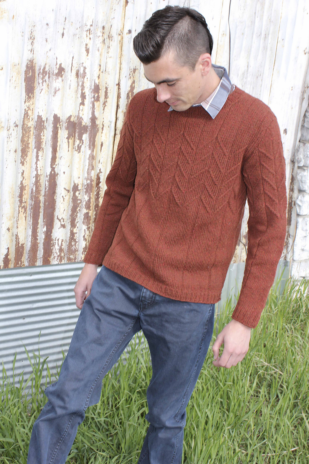 Mens knitting patterns dark matter knits redsweateraltmainview5152014027 bankloansurffo Image collections